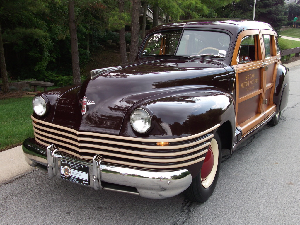 Member Spotlight Town And Country Woodies 1949 Chrysler Hubcaps